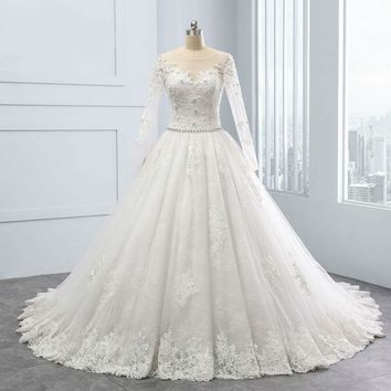New Ball Gown Design Lace Appliques Crystal Scoop Wedding Dresses Beautiful White Wedding Gowns