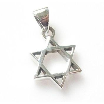 Classic Star Of David Silver Pendant Necklace