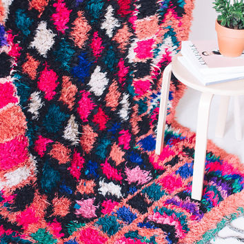 Vintage Moroccan Boucherouite Rug, Hot Pink, Geometric, Bohemian, Berber, Colorful, Diamond Pattern