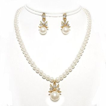 Simple Cream Pearl Clear Rhinestone Gold Pendant Necklace Chandelier Earrings Set Affordable Jewelry Gift