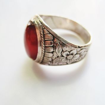 Vintage Carnelian Ring for a Man Made of Sterling Silver