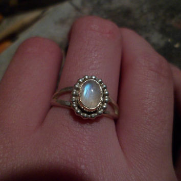 Authentic Navajo,Native American,Southwestern sterling silver bead rainbow moonstone ring. Size 6 3/4