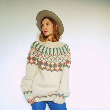 70's Oversized Fair Isle Sweater, Ivory Sage Blush Ethnic Hippie Wool Sweater, Nordic Icelandic Sweater, Medium Fall Winter Snowflake