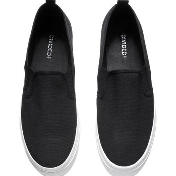 H&M Platform Shoes $17.95