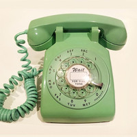 WORKING-  Jadeite Green Rotary Phone Telephone - RARE Color