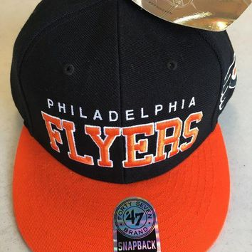 DCCKIHN 47 BRAND PHILADELPHIA FLYERS BLACK AND ORANGE RETRO FLAT BRIM SNAPBACK HAT
