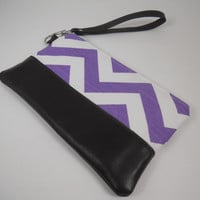 Chevron Zipper Top Wristlet, Dark Brown Leather Purple Chevron Clutch Wristlet, iPhone Pouch Wallet, Make Up Bag, Made to Order