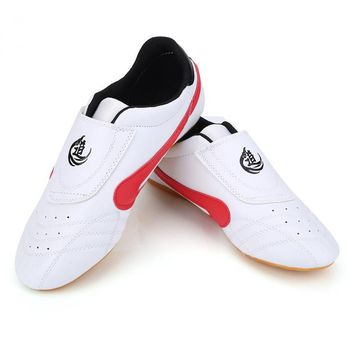 White Strip Breathable Taekwondo Shoes Unisex Taekwondo Boxing Kung Fu Tai Chi Sport Gym Shoe Martial Arts Shoes for Child Adult