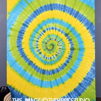 Tie Dye Tapestry Wall Hanging, Mandala Tapestries, Hippie Tapestries, Bohemian Tapestries, Wall Tapestries, Dorm Decor, Indian Tapestry