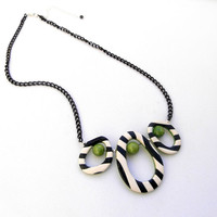 Black and white - Round circle necklace - Bib necklace - Handmade necklace - Polymer jewelry