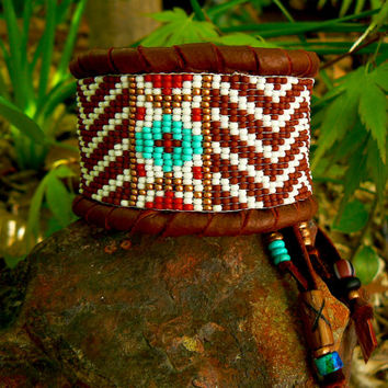 Chevron Beaded Deerskin Native American Unisex Bracelet,  Beadwork on Leather, Milk Chocolate & White Geometric ooak Cuff, Tribal, Indian