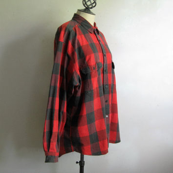 Vintage 1970s Levi's Big E Sutter Creek Mens Shirt Red Black Check Cotton XL