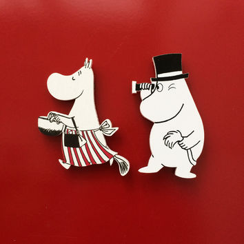 Moominmamma and Moominpappa wooden magnets