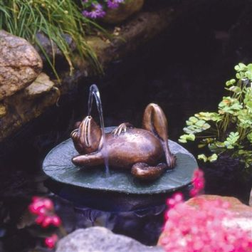 SheilaShrubs.com: Spitting Frog on Lilly Pad Bronze Garden Statue SU5080 by Design Toscano: Garden Fountains