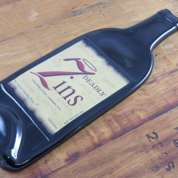 7 Deadly Zins Wine Bottle Cheese Tray