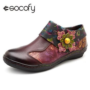 Socofy Floral Applique Genuine Leather Round Toe Loafers
