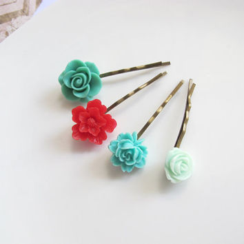 Red Japanese Sakura, Nature Green Rose, Green Rose Bud, Small Mint Green Garden Rose. Floral hair pins Everyday Wear Flower Hair Accessorie