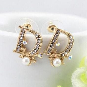 Dior Fashion Women Letter Pearl Diamond Stud Earring Jewelry I12 1bac96d553