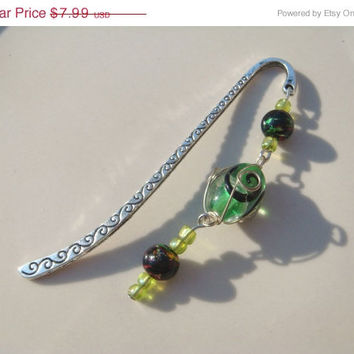 Gift Idea Sale Handmade Green Wire Wrapped Glass Bead Book Mark Bookmark