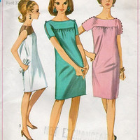 Simplicity Sewing Pattern 1960s Mini Dress Loose Fit Go Go Party Dress Uniques Button Shoulders High Yoke Bust 32