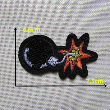 1PCS Cartoon character cool black bombsHot melt adhesive clothing patch applique embroidery blossom DIY accessories C335 patch