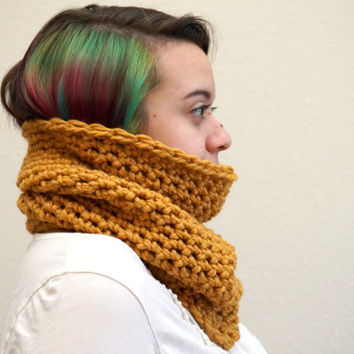 chunky neck warmer, chunky loop scarf, wool cowl, crochet cowl, short cowl, yellow cowl, wool scarf / THE MARGARET / Mustard