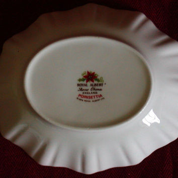 ROYAL ALBERT Poinsettia Bone China Bowl England Sweet Meat Dish, Candy.