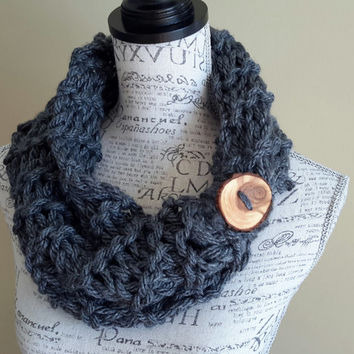 Button scarf. Knit Chunky cowl. Made by Bead Gs on ETSY. Charcoal Gray. infinity cowl.