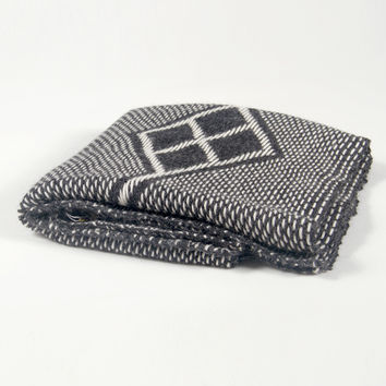 Che Wrap Charcoal