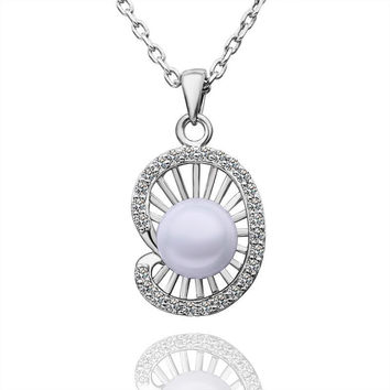 White Gold Plated Seashell Pearl Necklace