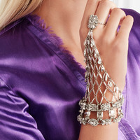 Erickson Beamon - Rhodium-plated Swarovski crystal glove