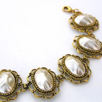 Vintage Japan Pearl and Gold Bracelet
