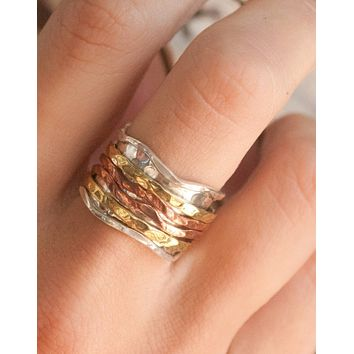 Val Meditation Spinner Ring