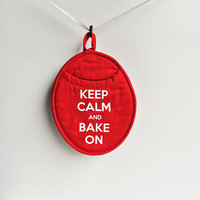 Pot holder Oven Mitt - Keep Calm and Bake On. Red and white . kitchenware, Decor, Neoprene Oven mitt. Baking, gift  Oven mit