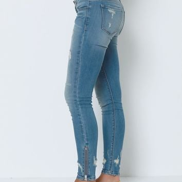 Can't Go Wrong Skinny Jeans - Blue
