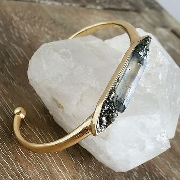Raw Stone Cuff in Clear