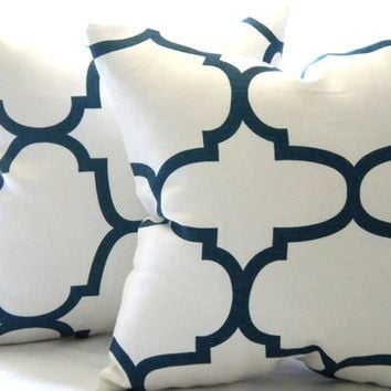 Pillow cover, Natural White and NAVY pillow cover 18 x 18, accent pillow, throw pillow, sofa pillow