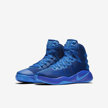 The Nike Hyperdunk 2016 Big Kids' Basketball Shoe (3.5y-7y).