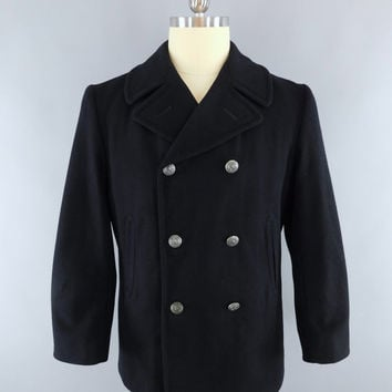 Vintage 1970s Peacoat / 70s Men's Winter Wool Coat / US Navy Nautical Pea Coat / Enlisted Man's Overcoat