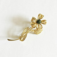 Vintage Filigree Flower Brooch with Jade Green Center in Gold Tone Metal - Classic Brooch Pin