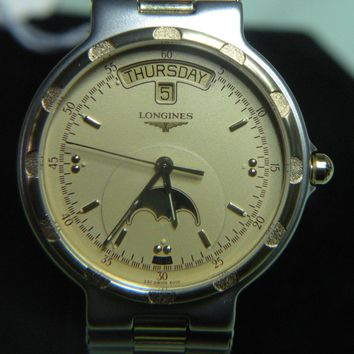 "MENS RARE & VINTAGE LONGINES ""CONQUEST"" SWISS WATCH W/DATE/DAY MOON NOS #3121301"