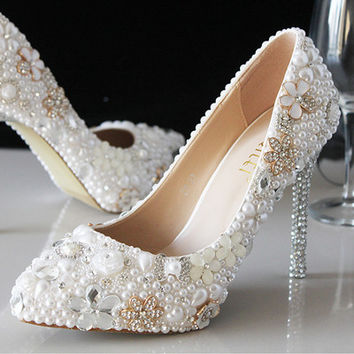 Flower Handmade Bridal Wedding Celebrity Pointed Toe Sparkle Crystal Bridal Heels Shoes Shinny Heels