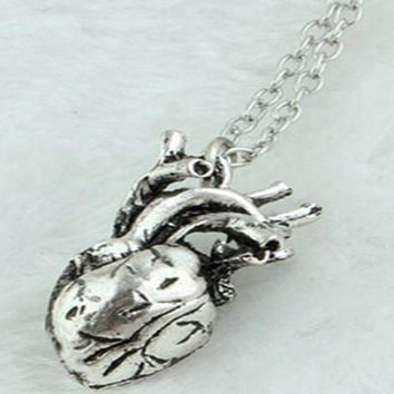 Retro 3D Anatomical Human Hollow Heart Pendant Necklace