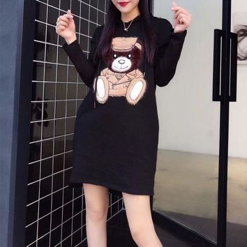 ONETOW Moschino' Women Casual Fashion Cute Cartoon Bear Pattern Middle Long Section Long Sleeve Cotton Hooded Sweater Dress