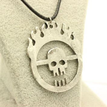 Exaggerated Punk Style Mad Max Faction Hollow Skull Rope Leather Necklaces Hip Hop Skeleton Men Jewelry Pendant Necklace Gifts