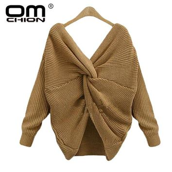 OMCHION Pull Femme 2018 Deep V Neck Tie Up Sweater Women Backless Sexy Cross Solid Pullover Loose Irregular Knitted Jumper WMY91