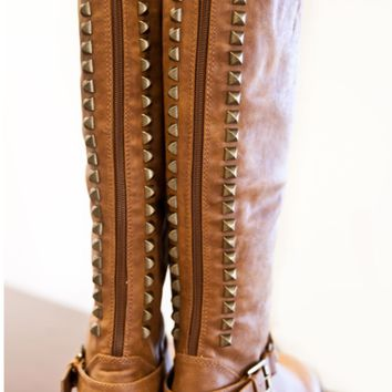 Dusty Road Studded Boots - Tan