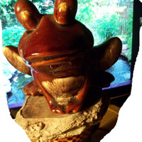 Vintage ~HULL FROG~ Pottery planter/vase drip brown glaze F70 Toad Leap Frog Bull Frog