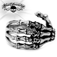 'Skeleton Hand' w/Skulls Ring (196)