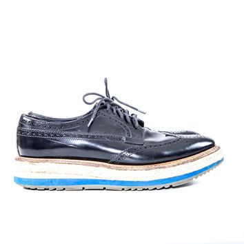 Black Leather Wing Tip Shoes Size:38 1/2